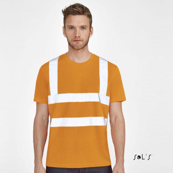 Atstarojošs T-krekls