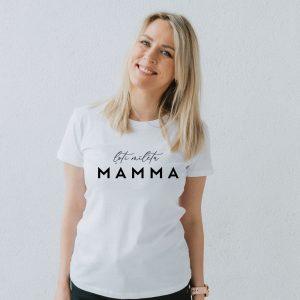 """Sieviešu T-krekls """"Ļoti mīlēta Mamma"""""""